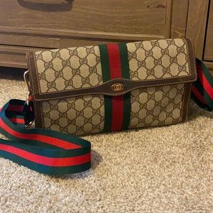 Authentic Gucci Large Ophidia Clutch / Crossbody